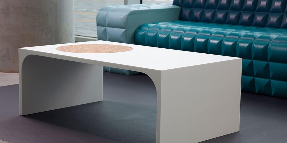 שולחן סלון מקוריאן לחלל הבית בצבע לבן
